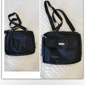 Baggalini crossbody bag